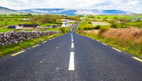 Driving in Ireland 595